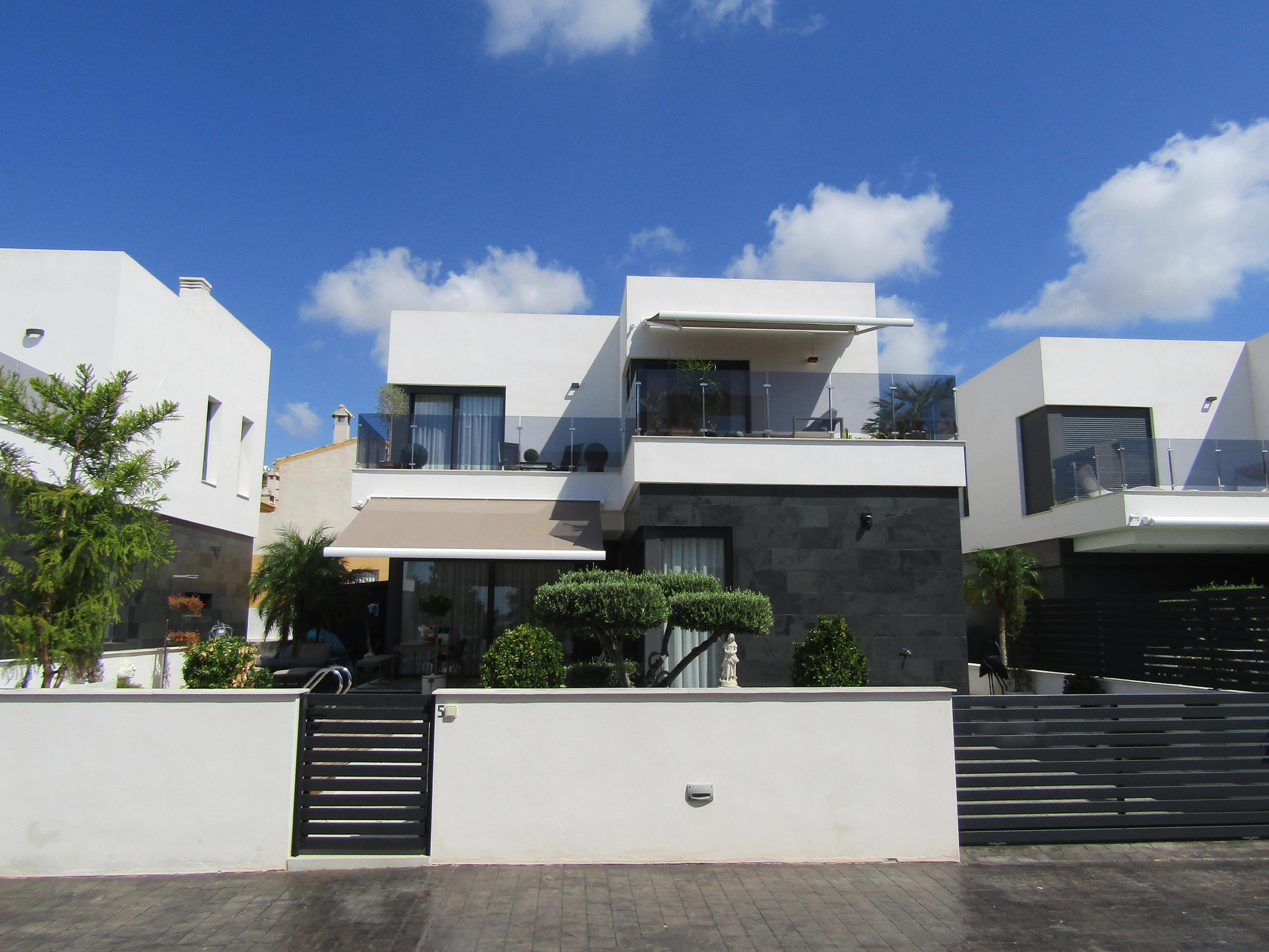 Ref:PC-92936 Villa For Sale in Guardamar del Segura